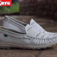 Kickers Women / sepatu kerja wanita / sepatu formal wanita
