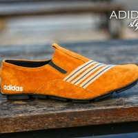 Sepatu pria casual santai simpel keren terbaru adidas strip