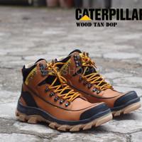 DISKON Sepatu Caterpillar Safety Boots Pria Wood Warna Tan Dop