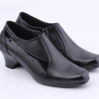 Sepatu Pantofel Boots Wanita Cibaduyut Catenzo US025