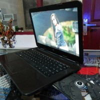 HP Pavilion 14 AMD A8 VGA R5 2GB Laptop Gaming Bekas