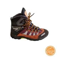 Sepatu Outdoor Gunung Trekking Kulit - Kualitas Eiger Rei Consina SNTA