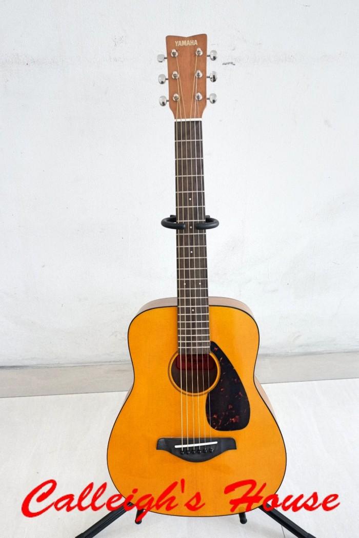 Jual Gitar Akustik Yamaha